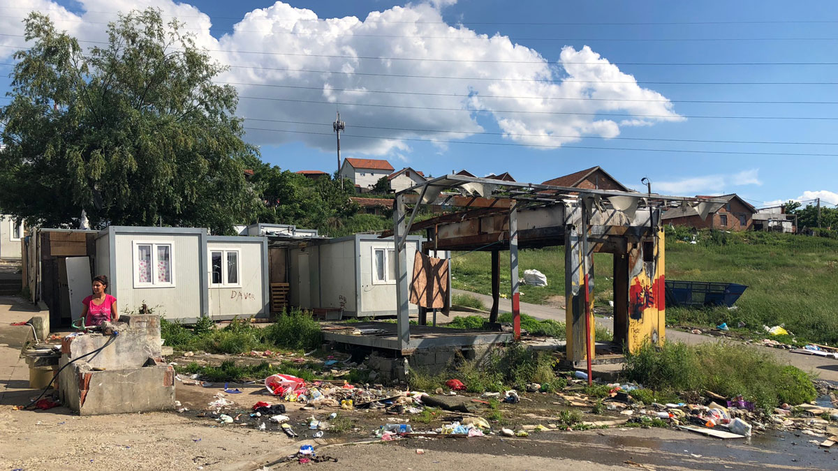 """Residents of the container settlement in """"Orlovsko Naselje"""" lack elementary sanitary conditions"""