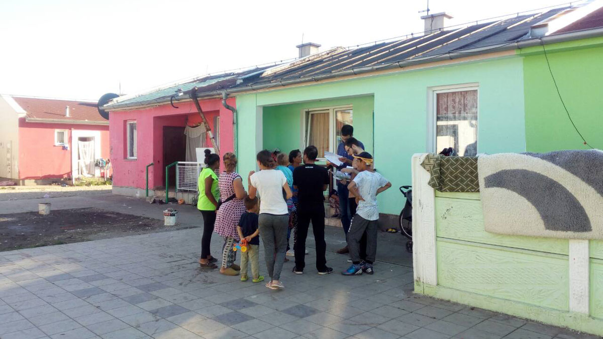 The Social Welfare Center in Pozarevac committed an act of discrimination by calling to account internally displaced Roma